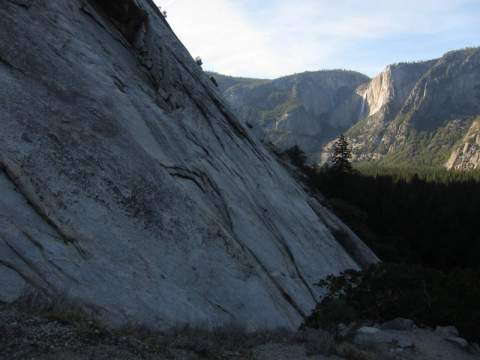 Yosemite-Glacier-Point-Apron-Climbing-YExplore-DeGrazio-Mar2014