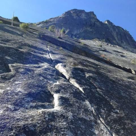 Yosemite-Glacier-Point-Apron-Daley-Climbing-YExplore-DeGrazio-Mar2014