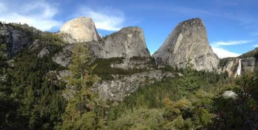 Yosemite-Nevada-Panorama-YExplore-DeGrazio-Mar2014