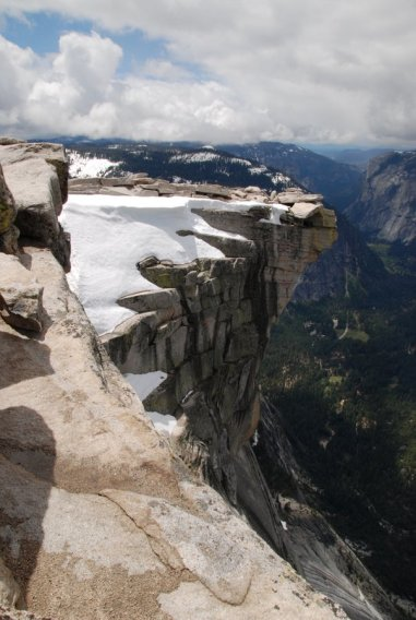 Yosemite-HalfDome-Visor-YExplore-DeGrazio-May2010