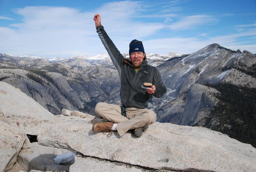 Yosemite-HalfDome-Cake-YExplore-DeGrazio-FEB2015