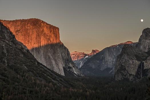 Yosemite-TunnelView-YExplore-DeGrazio-NOV2015