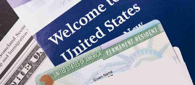 Como Ahorrar Dinero al Hacer Tramites de Inmigracion