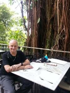 HK Chris lunch Peak restaurant2
