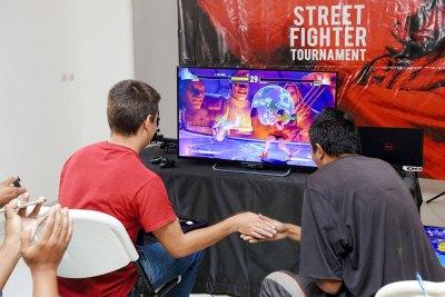 0053_Tournoi_Street_Fighter-V Week-end de jeu de baston chez Ymagoo