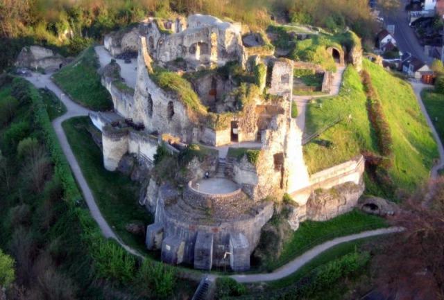 s_castle-valkenburg-foto_163