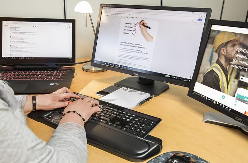 Your Missing Link skriver dina säljtexter, översätter och läser korrektur. Dessutom kan du med mig som konsult få hjälp med processoptimering av dina administrativa processer och leverantörsavtal. Ring mig på +45 30 63 84 89