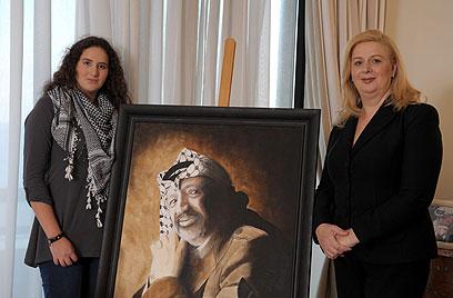 סוהא וזהווה ערפאת (צילום: AFP)
