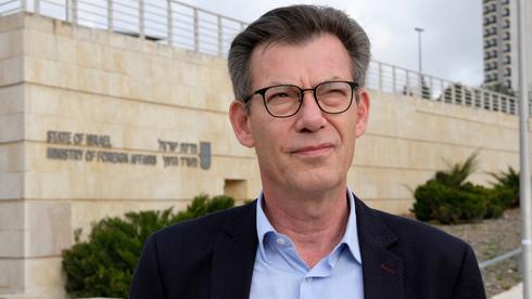 Emanuel Nahshon, embajador de Israel ante Bélgica y Luxemburgo, criticó duramente a Robert Goebbels.