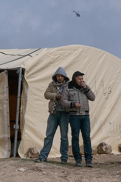 """""""מקווים שהאוהל יהפוך לאוהל קבע"""" (צילום: אוהד צויגנברג)"""