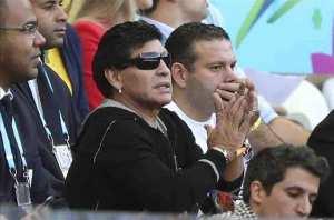 """""""Se fue Maradona y ganamos"""", afirma Julio Grondona. EFE"""