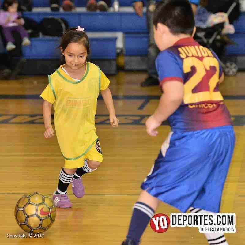 Su primer juego de futbol Scarlet Martinez-Liga Diablitos