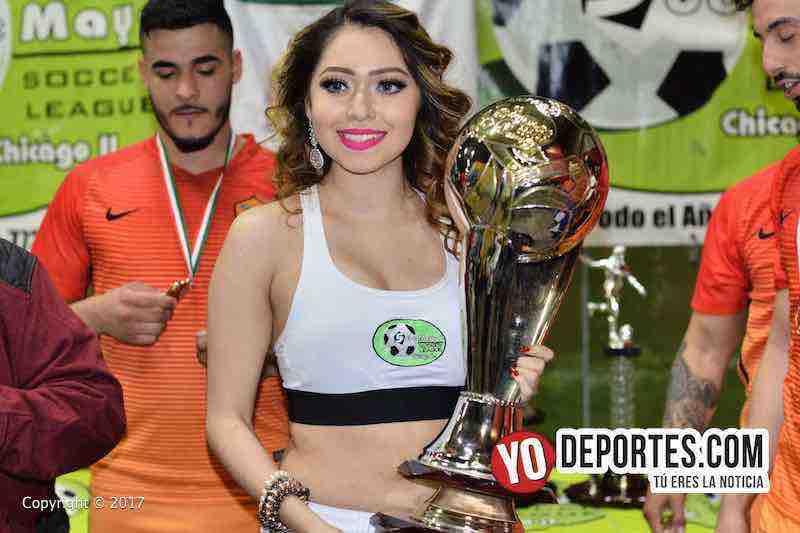 Leslie Cruz modelo de Mayo Soccer League