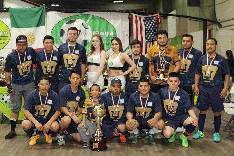 UNAM campeones de la Segunda División en 5 de Mayo Soccer League.