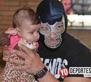 Blue Demon Jr. descarta por ahora un heredero de su máscara