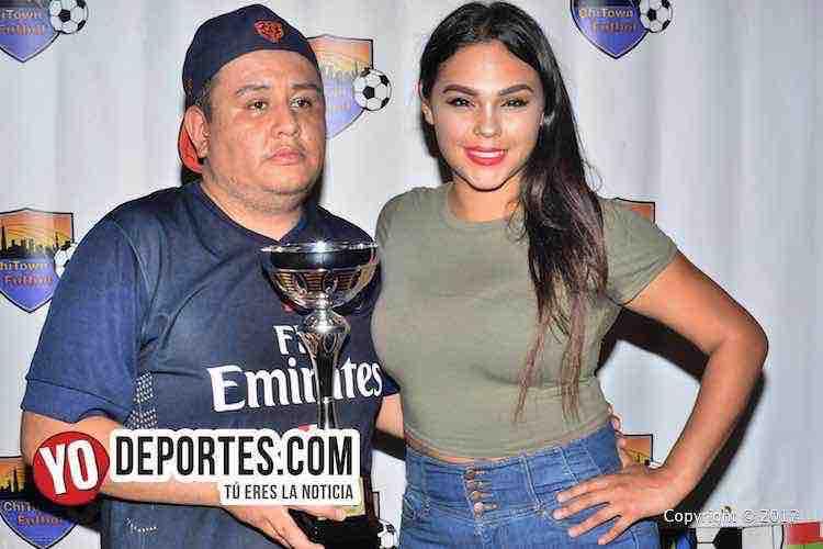 Alejandra Saldana-modelo-edecan-Chitown Futbol