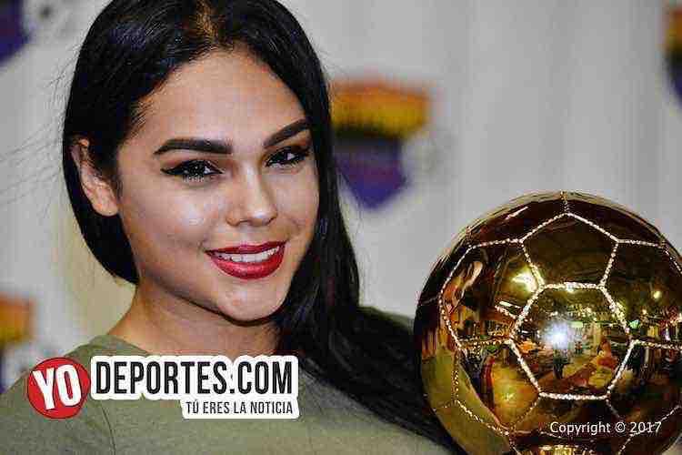 Modelo-chica yo-Alejandra Saldana-Chitown Futbol