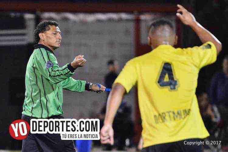 Arbitro Javier Diaz-Atlas-La Revolucion-Midway Soccer League