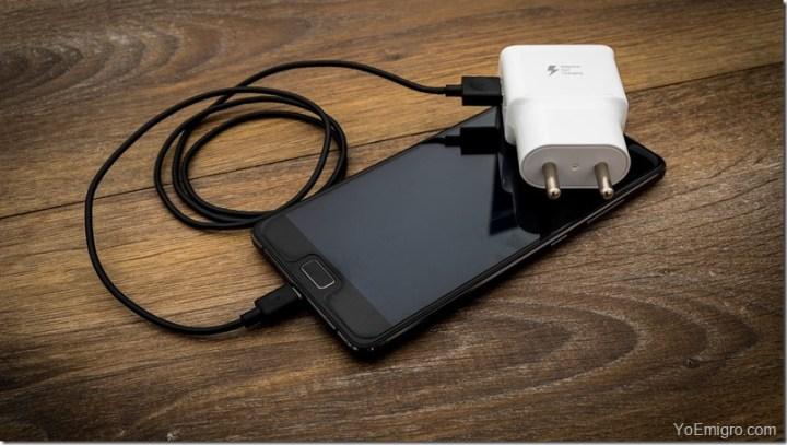 celular-movil-cargador