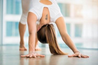 wrist pain in yoga