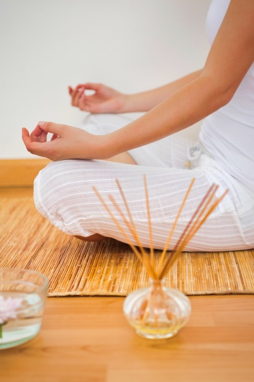 Mediation with Essential Oils