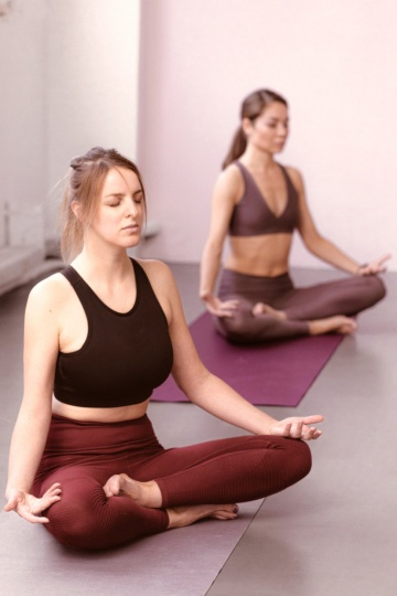 comfortable yoga outfits