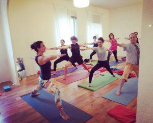 practica yoga con cris