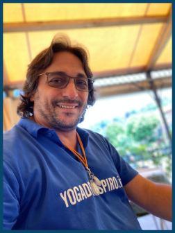 Istruttore Yoga Davide Russo Diesi