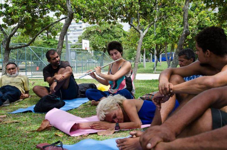 yoga-de-rua-48.jpeg?fit=783%2C518&ssl=1