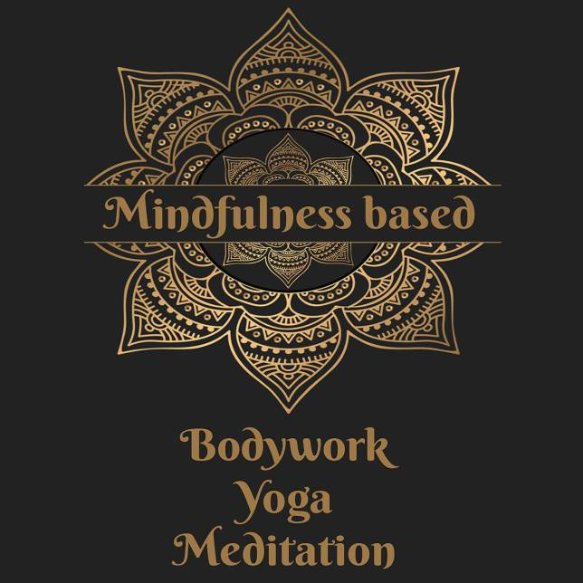 Rosa Wirtz - Mindfulness based Bodywork, Yoga, Meditation