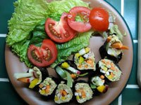 Raw_Vegan_Nut_Pate_sushi