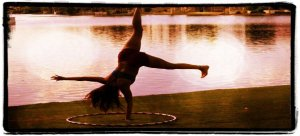april-anne-one-armed-acro-yoga-hand-stand-336