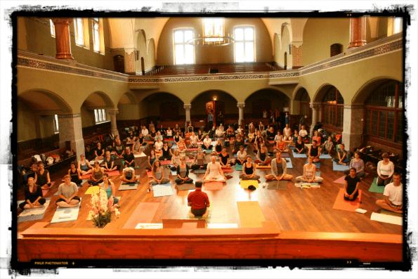 Zurich, Switzerland Yogis, Open Yoga with Béla Pete