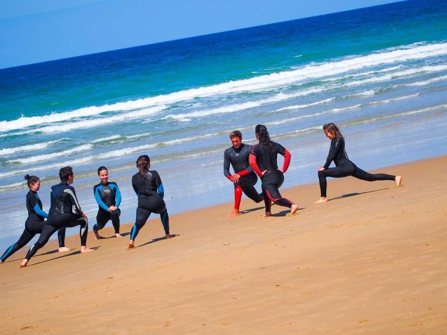 Warum Surfen und Yoga so gut zusammenpassen