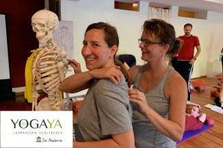 Yogalehrerausbildungen bei YogaYa - YogaYa bildet seit Jahren Yogalehrer aus. Wenn Du tiefer in die Yogapraxis einsteigen willst oder gar selbst Lehrer/in werden willst, findest Du bei uns viele Aus- und Fortbildungen