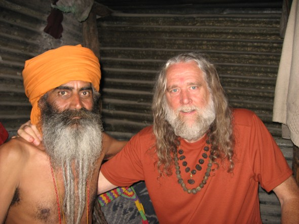 Om Giri Maharaj of Gangotri lived in snow covered Gaumukh for many years without clothes