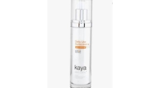 Kaya Daily Use Sunscreen SPF 15 - Top 10 Best Moisturizer for Oily Skin in India