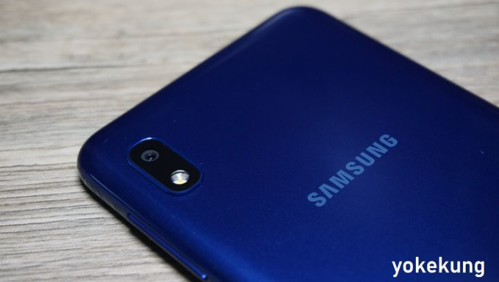 review galaxy A10