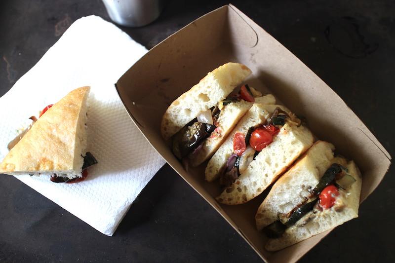 オーブンロースト野菜のサンドイッチ
