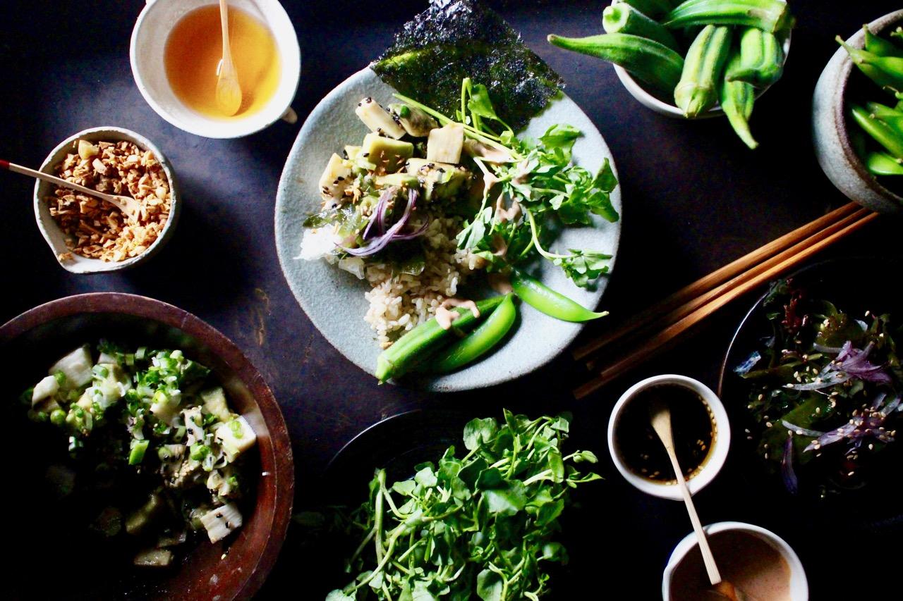 カスタマイズのサラダご飯で、夏の簡単おもてなし