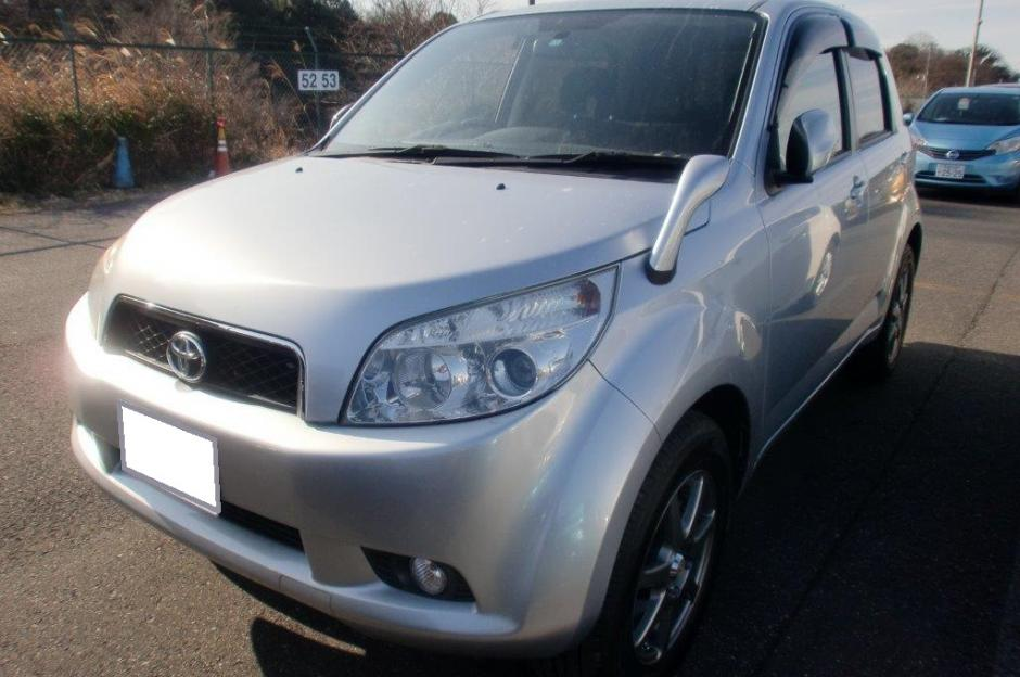 Good Condition Silver Colour Toyota, Rush SUV Model 2006