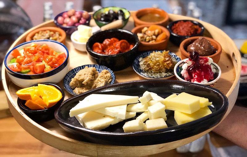 Kadıköy'ün en iyi mekanları ve en iyi kahvaltıcıları