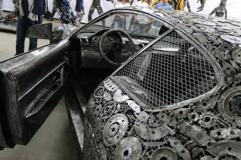 is-savartyne-surinktu-metalo-atlieku-atkurti-realaus-dydzio-superautomobiliai-9