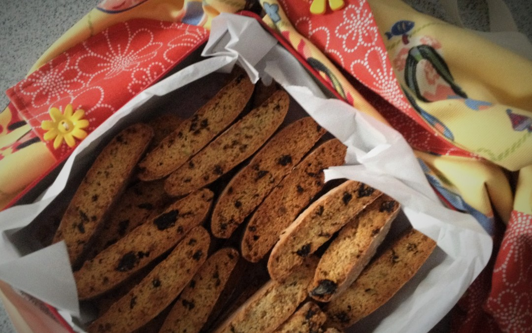 Biscotti with Dried Cherries and Pistachios - Yo Momma's Style