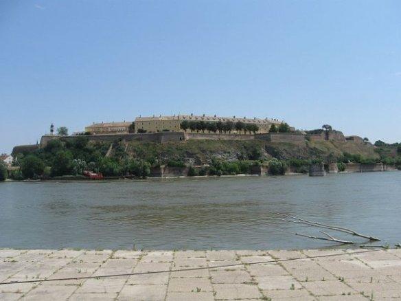 המבצר (פטרוברדין)