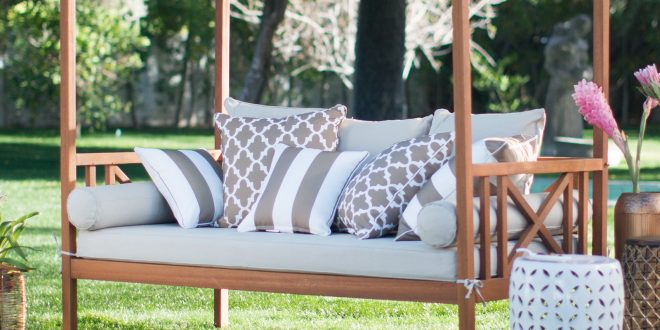The benefits of outdoor day beds - yonohomedesign.com on Belham Living Brighton Outdoor Daybed  id=56051