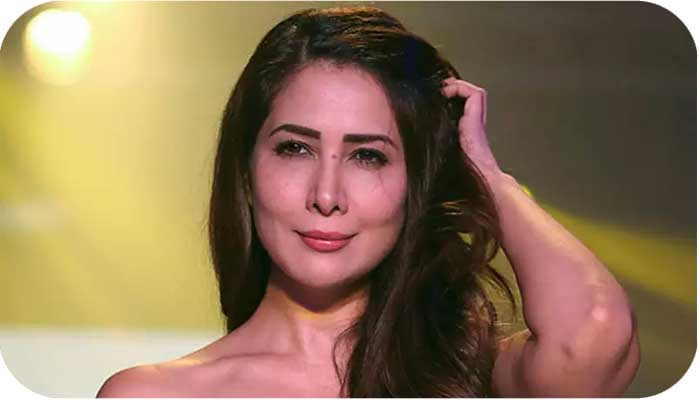Kim Sharma Profile