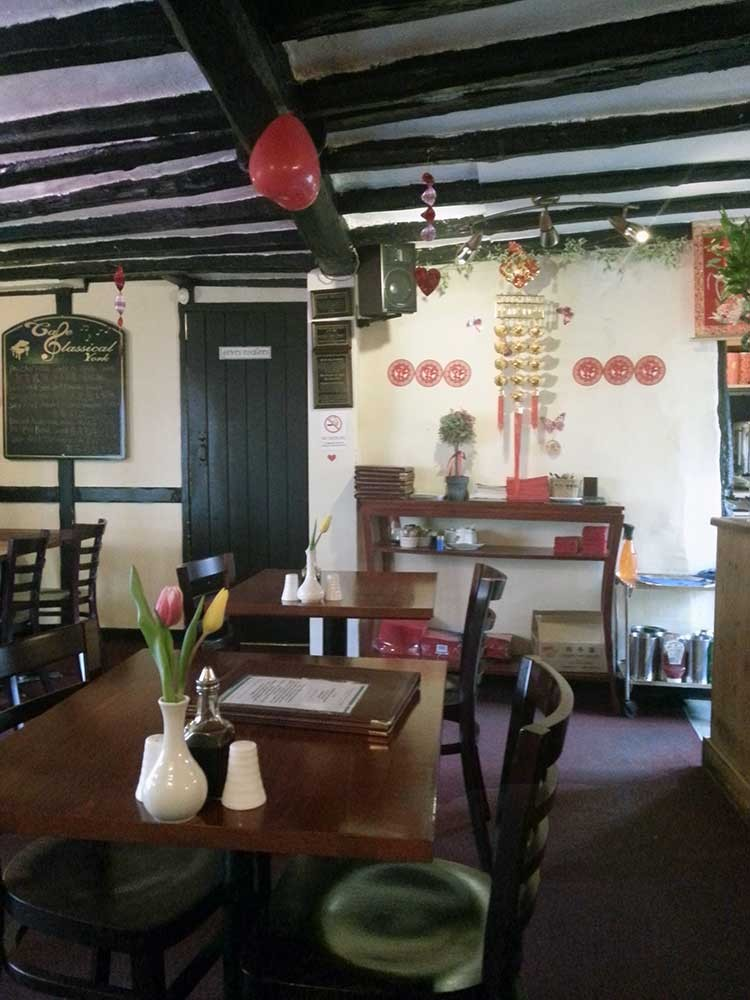 happy-valley-goodramgate-york-interior