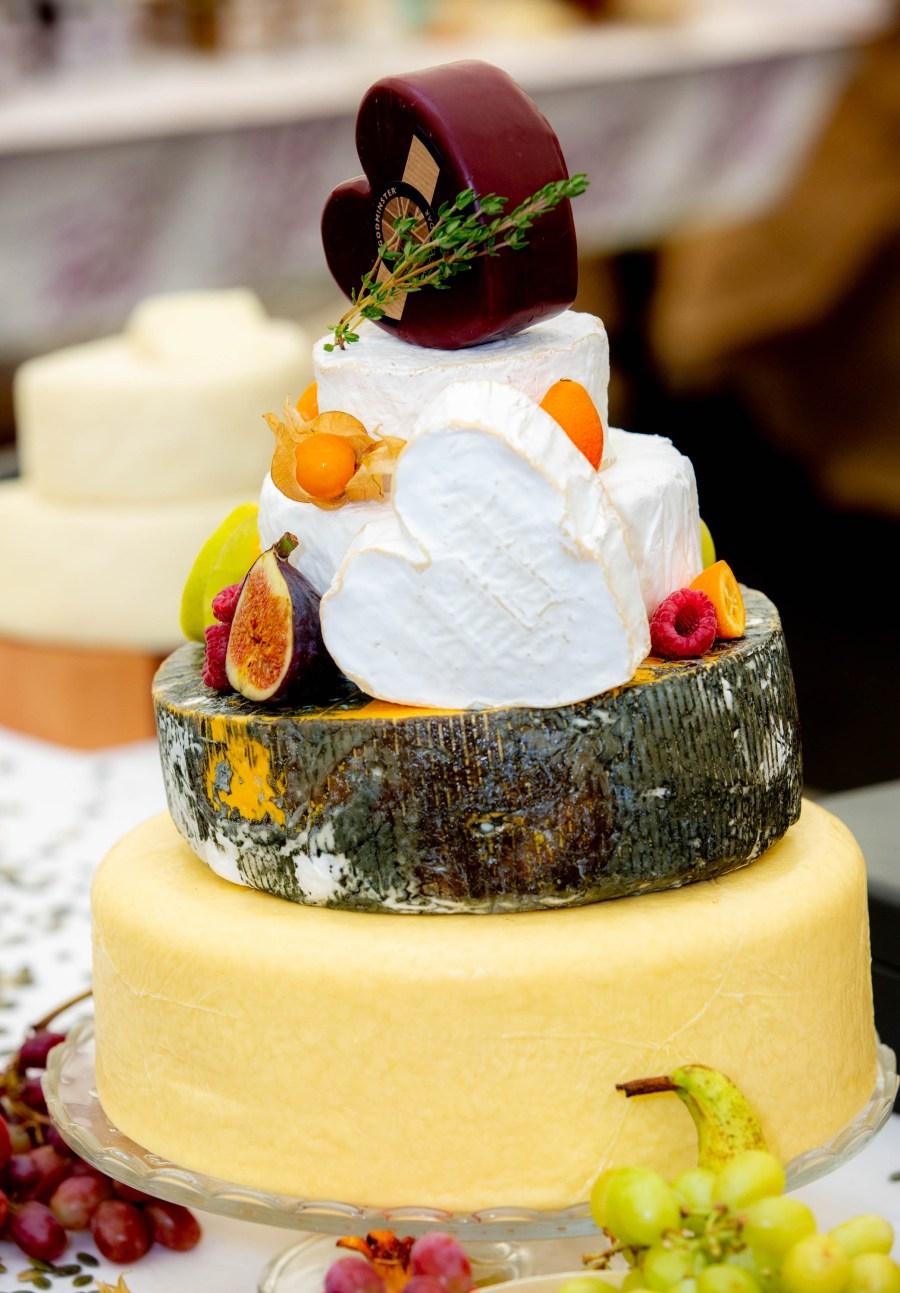 Cheese cake tower