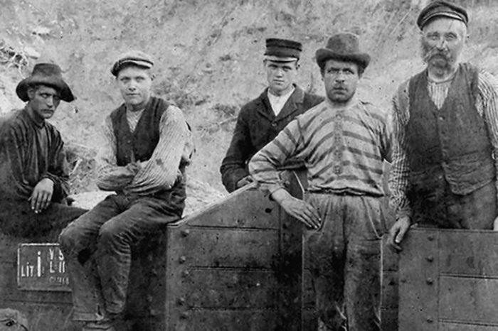 Canal navvies unknown date. From https://canalrivertrustwaterfront.org.uk/history/who-were-the-navvies/